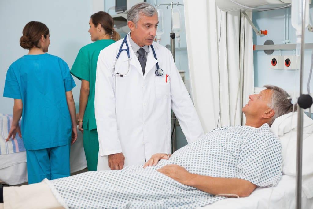 пожилой больной в больнице