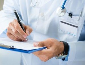 врач пишет список